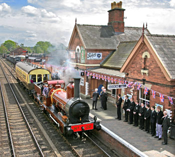 David Wilcock's stunning image of FR20 on Royal Train duty arriving at Bewdley station